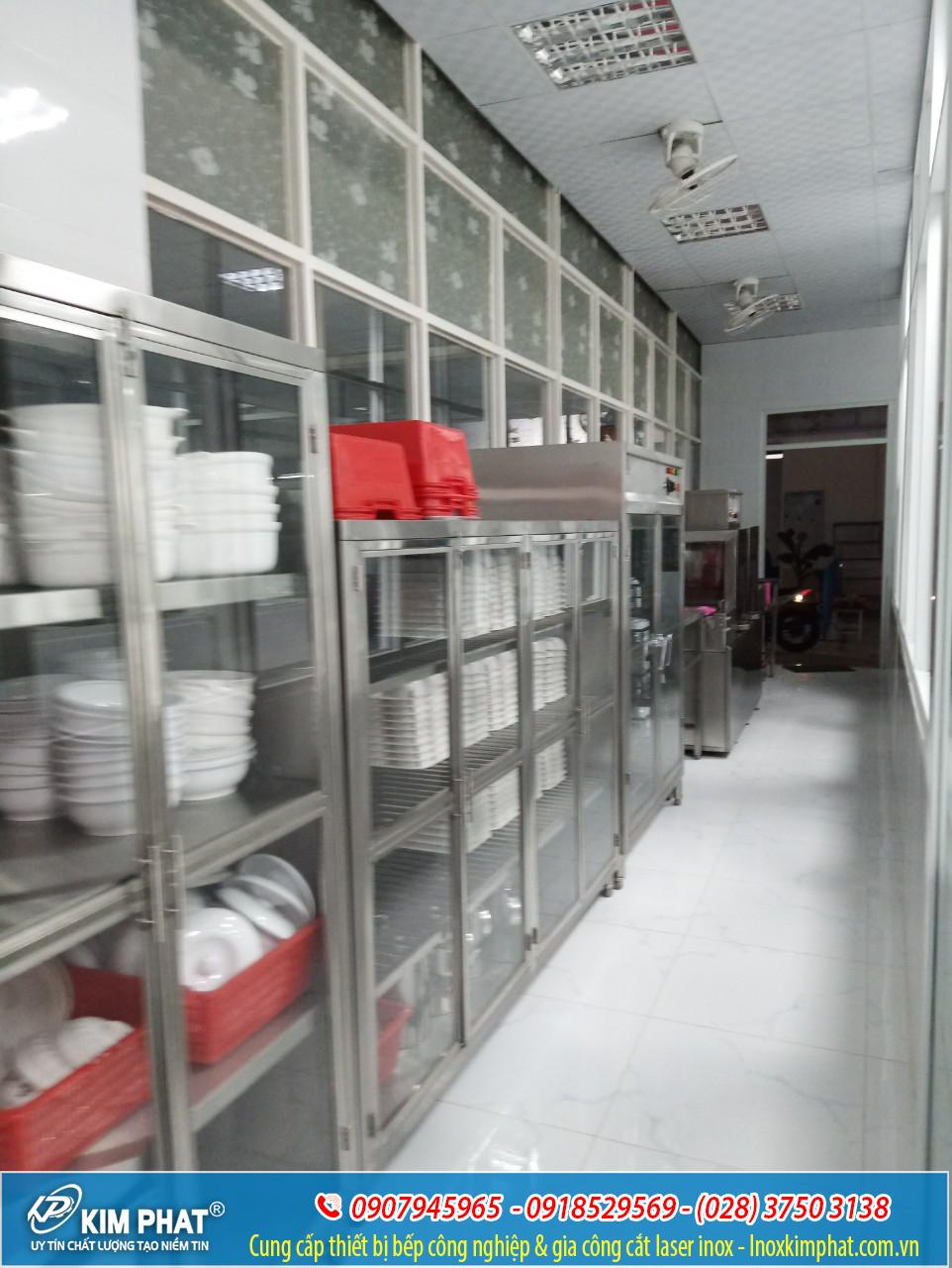 Khu lưu trữ , để dụng cụ chén bát và vật dụng cụ nhà bếp